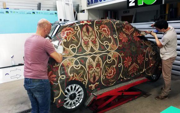 LaBoustique custom carwrap