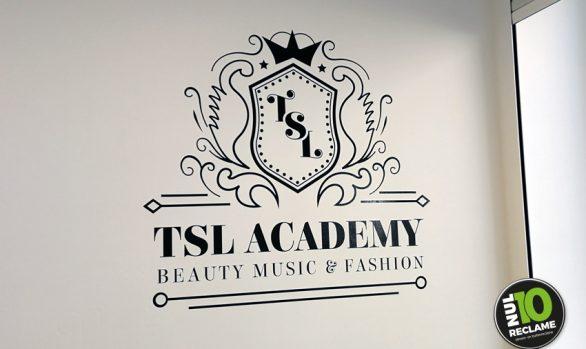 TSL Academy wanddecoratie muurtekst