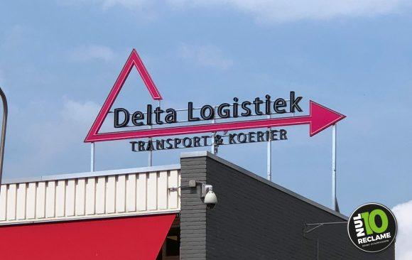Delta Logistiek doosletters neonlook + dakconstructie