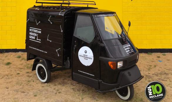 Rotterdam Hidden Gems scooter belettering Piaggio Ape