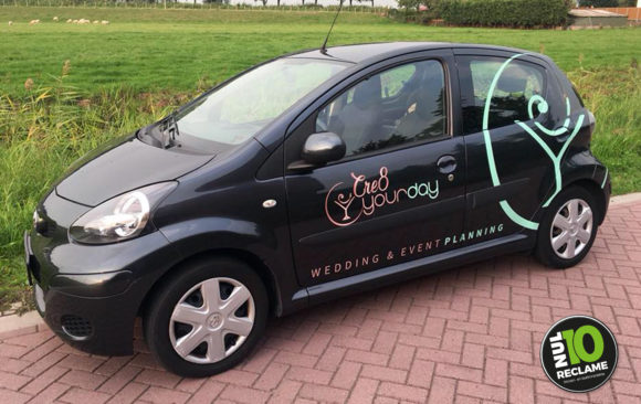 Cre8yourday autobelettering Toyota Aygo