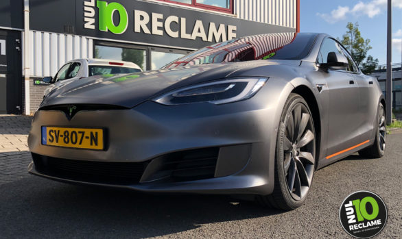 Carwrap Tesla Model S (matt metallic grey)